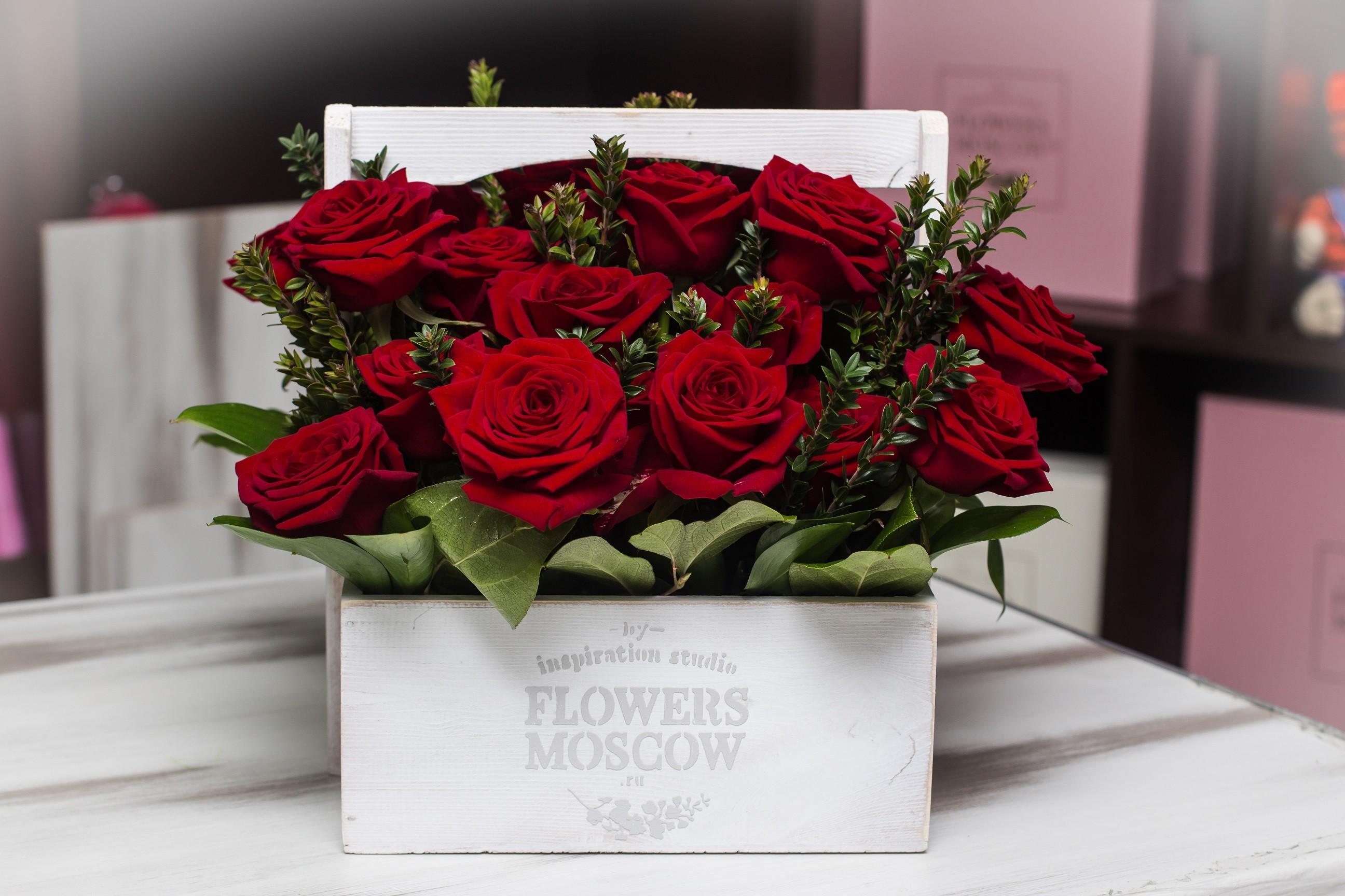 Композиция Цветы в ящике Luxury №131