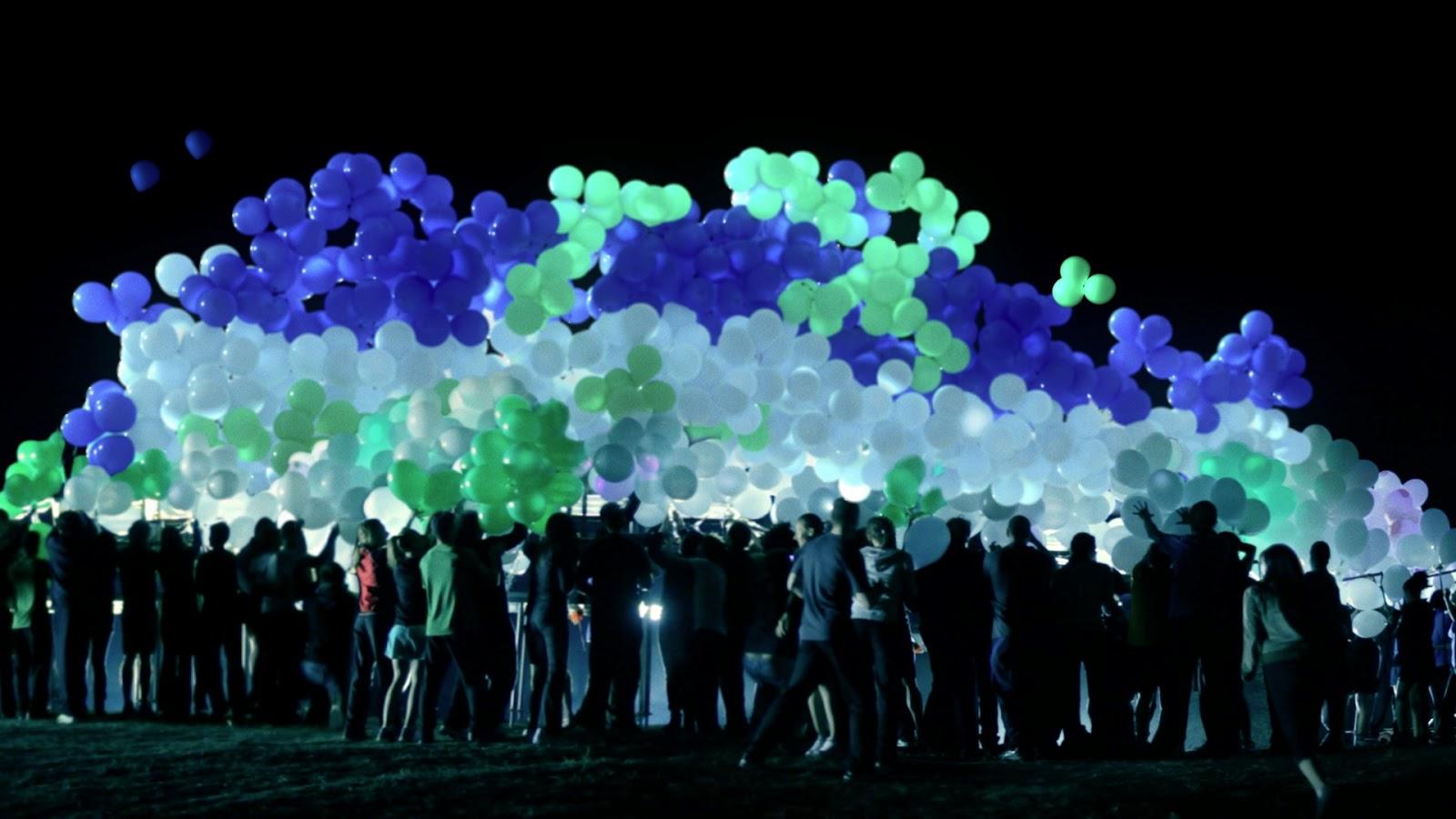 Светящиеся шары для запуска в небо